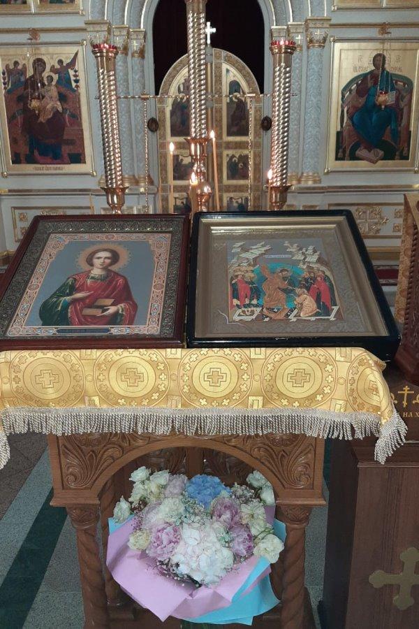 Память великомученика и целителя Пантелеимона